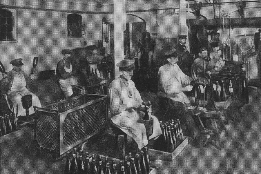 sektkellerei-degorgement-1900-1-3