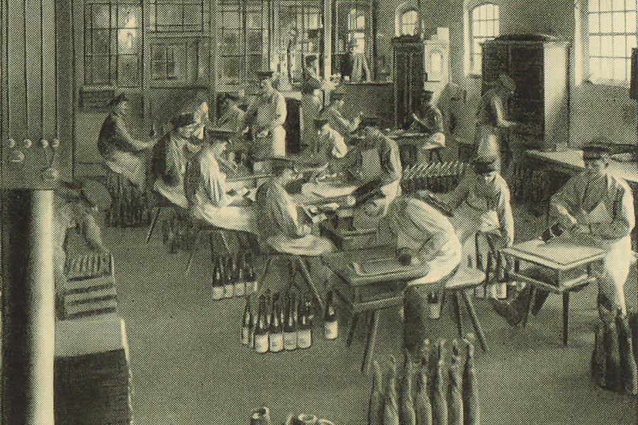 sektkellerei-etiquetage-1900-1-2